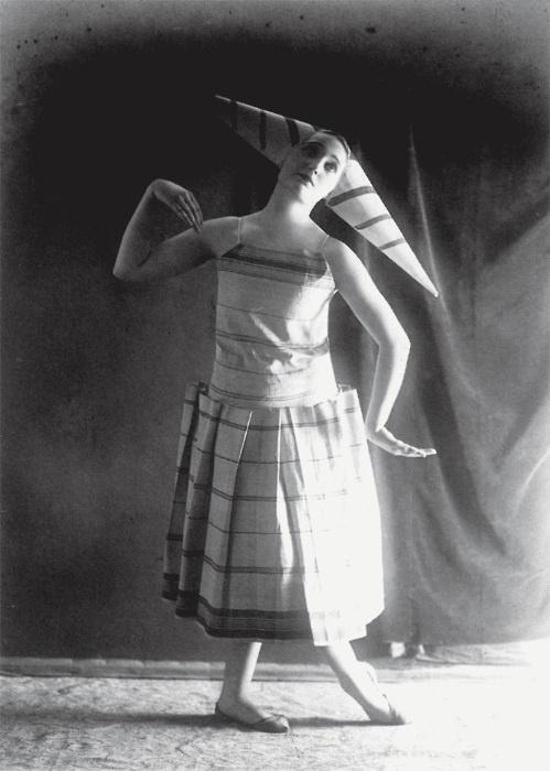 Lizica Codreanu studies in costumes designed by Brancusi, ca 1924